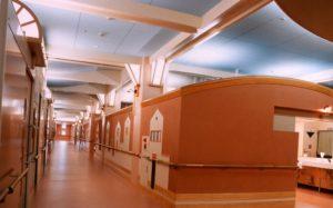 老健ぶんすい施設内 入所棟2F西廊下